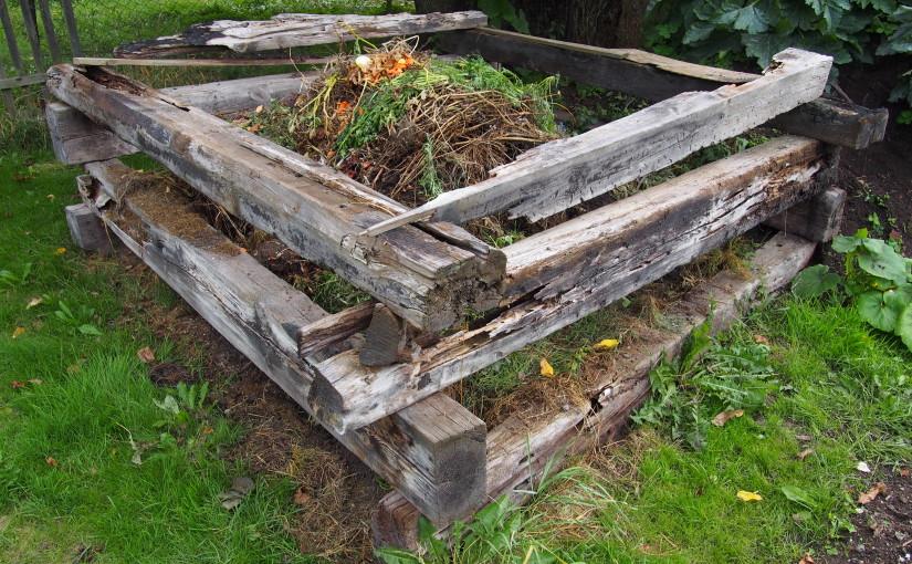 Jak kompostovat a mít zeminu plnou živin